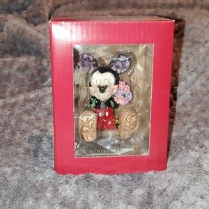 COPY - Jim Shore Disney Traditions Mickey with fl…